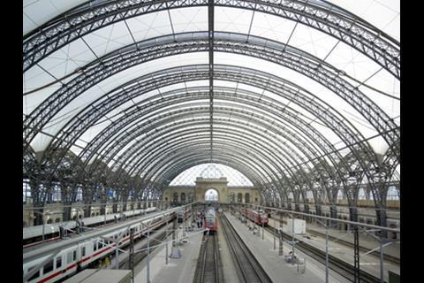 Dresden Station Foster + Partner